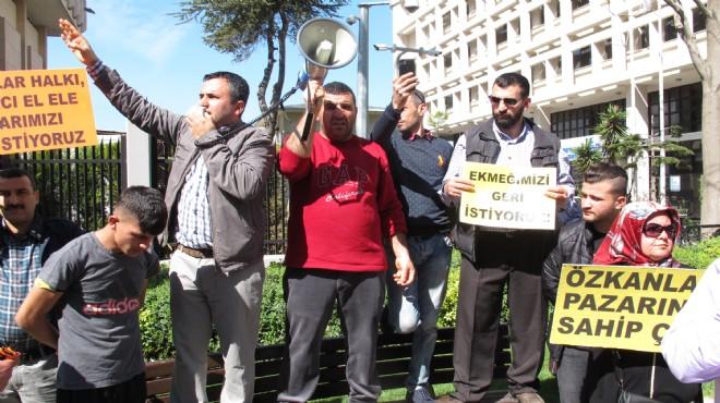 İzmir'in göbeğinde şok eylem: İstifaya çağırdılar, 'araçları yakarız' dediler!