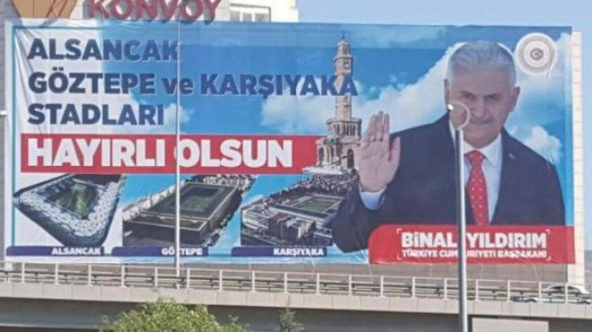 İzmir'in statları için dev pankart