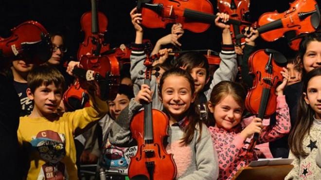 Karabağlar Belediyesi'nden örnek çalışma: Çocuklar koruma altında!