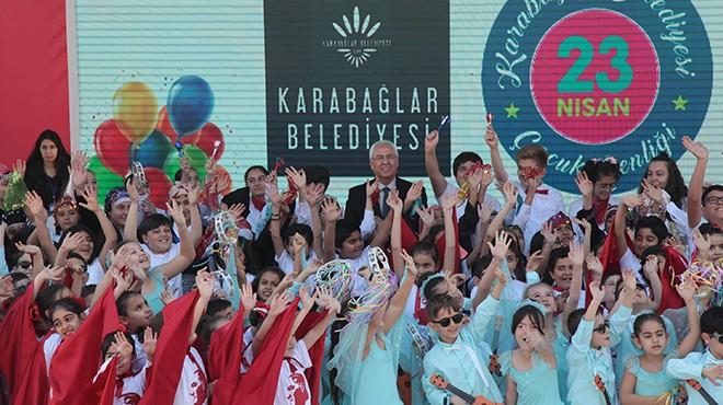 Karabağlar'da çocuklardan 23 Nisan şiiri