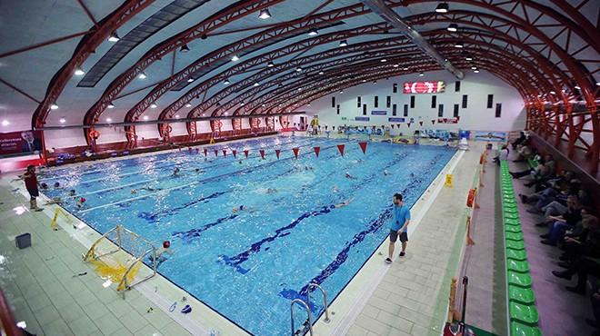 Karşıyaka'nın havuzu artık sertifikalı