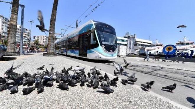 Karşıyaka Tramvayı'nda rekor! Milyonları geçti!