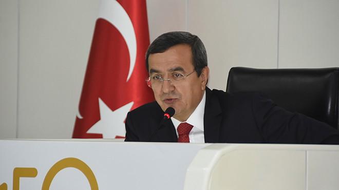Konak meclisinde bütçe oylandı: AK Parti'den de istifa!