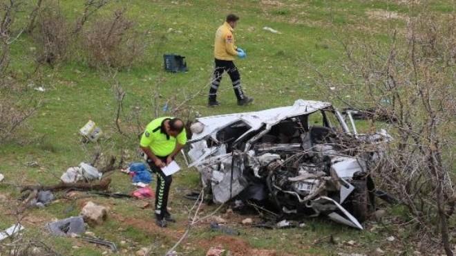 Korkunç kaza: Biri bebek 5 ölü!