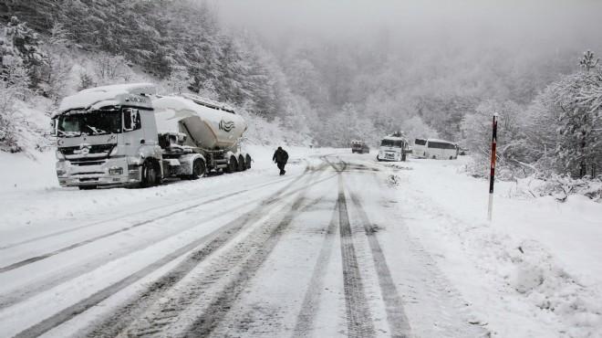 Kütahya'da kar yağışı!