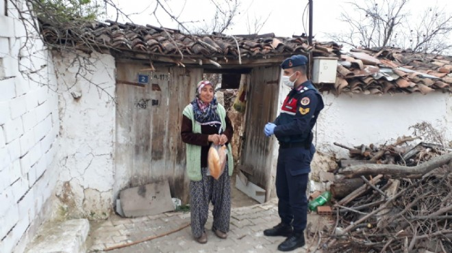 Manisa'da jandarmadan yaşlılara vefa