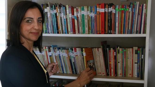 Manisa'nın örnek muhtarı: 1000 kitaplık kütüphane kurdu
