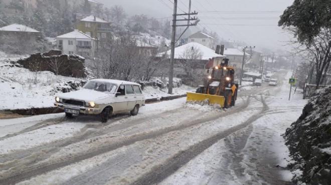 Manisa ve Muğla'da eğitime kar engeli!