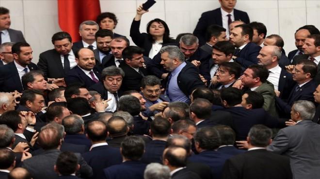 Meclis'te 'FETÖ'nün siyasi ayağı' kavgası!