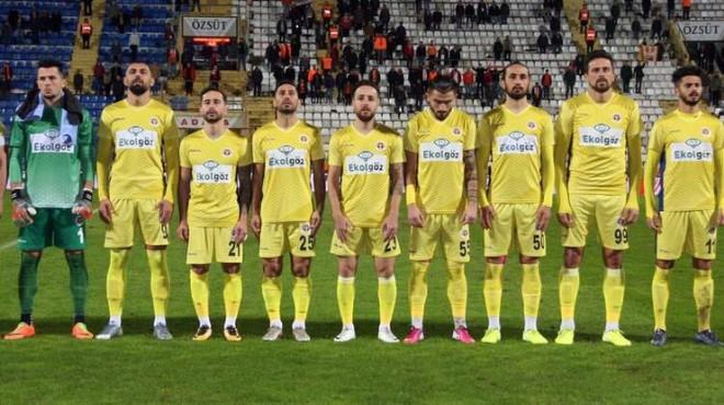 Menemenspor'da tüm oyuncular indirimi kabul etti!