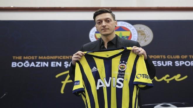 Mesut Özil Fenerbahçe'ye imzayı attı!