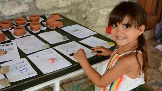 Minikler, Datça'da sanat kampına katıldı
