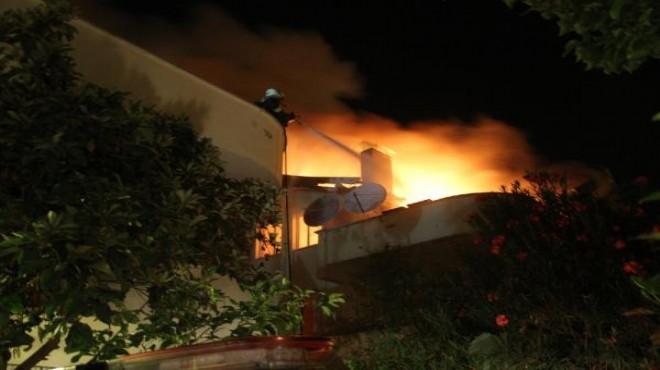 Muğla'da mangal ateşi 3 evi yaktı!