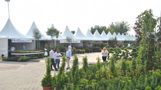 Ödemiş'te süs bitkileri ve fidancılık sergisi