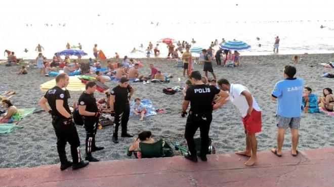 Plajda bira içen iki kadın doktora para cezası!