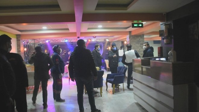 Rehin ihbarına giden polis partiyi bastı!