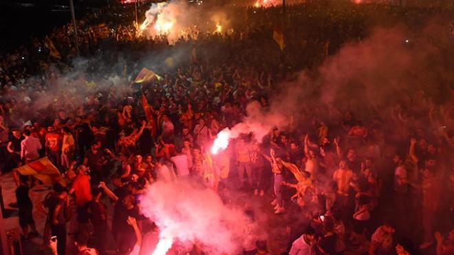 Şanlı Göztepe'ye şanlı kutlama!
