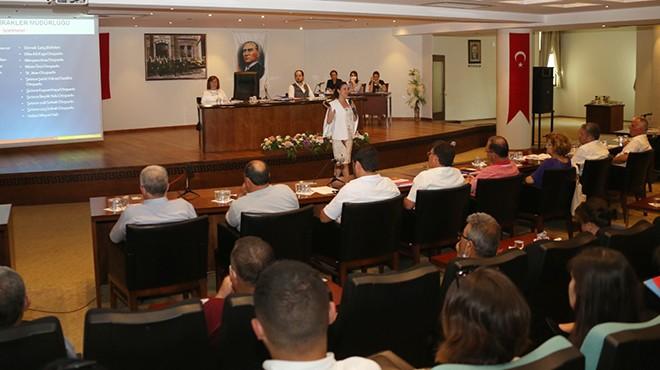 Selçuk'ta faaliyet raporu meclisten oy birliğiyle geçti