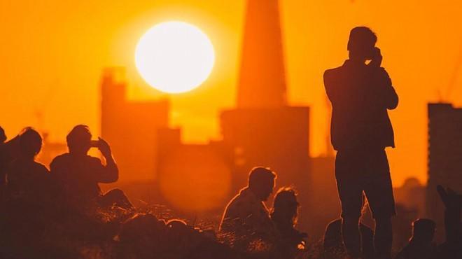 Sıcak hava sebebiyle 184 kişi hayatını kaybetti