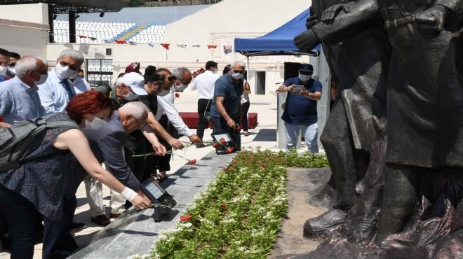 Sivas Katliamı'nda yaşamını yitirenler Karabağlar'da törenle anıldı