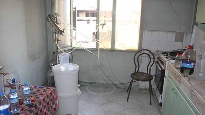 Süt sağma makinesiyle sahte içki ürettiler!