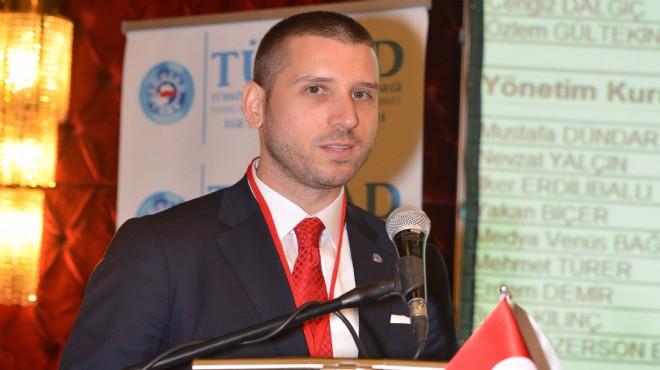 TÜGİAD Ege'de bayrak devri: Yeni başkan Yavaş oldu