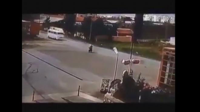 Turgutlu'da korkunç kaza: Kameralara böyle yansıdı!