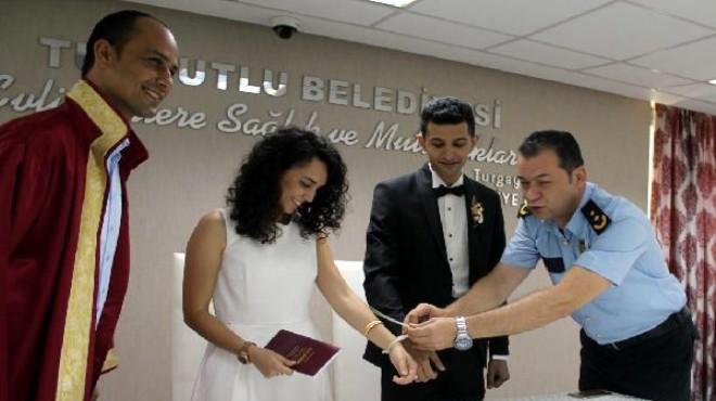 Turgutlu'da nikah masasında kelepçe!
