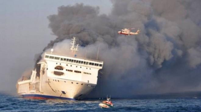 Yüzlerce yolcusu bulunan feribotta patlama!