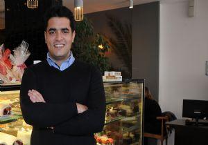 'İzmir'in sevinci' gençleşti